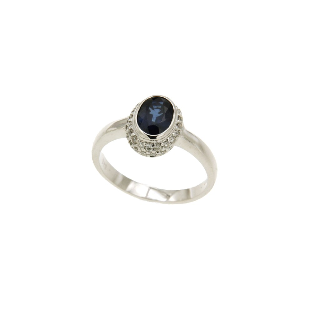 Δαχτυλίδι KALFIDIS Jewellery με διαμάντια και μπλε ζαφείρι.